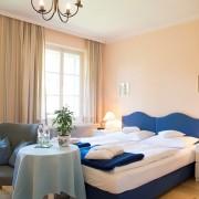 Blaues-Bett